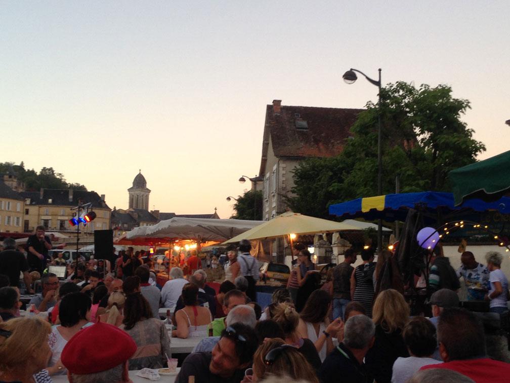 les marchés de producteurs du lundi soir pendant l'été